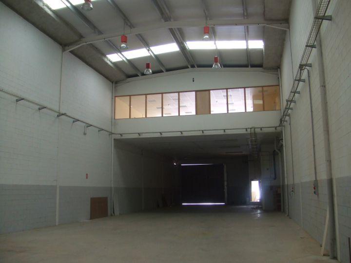 Nave industrial en alquiler en Torrelles de Llobregat